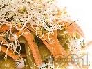 Рецепта Салата със зелен фасул (зелен боб), моркови и кълнове